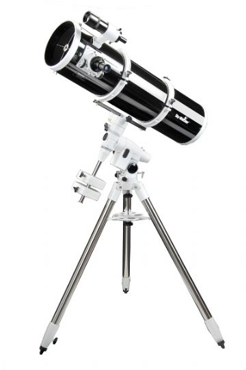 Skywatcher Explorer 200P (EQ-5) Telescope